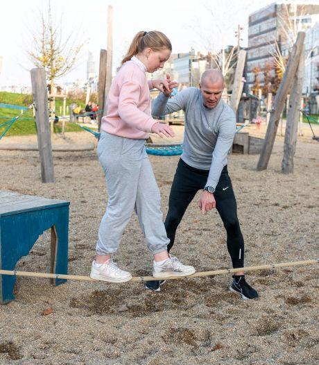 Sportclubs dicht? Met deze vijf oefeningen traint je kind in de speeltuin
