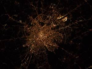 """""""Bonjour Bruxelles"""", la superbe photo d'un astronaute depuis l'espace"""