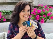 Iris (36) zweert bij koopzegels: 'Geen bank die zo veel rente geeft'