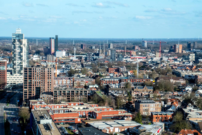 skyline tilburg centrum richting zuid-oost gezien vanaf westpoint
