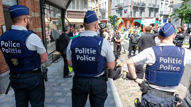 Minder premies, wel maaltijdcheques voor politieagenten