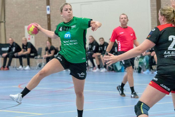 Larissa Versteijnen in september  in actie namens MHV.