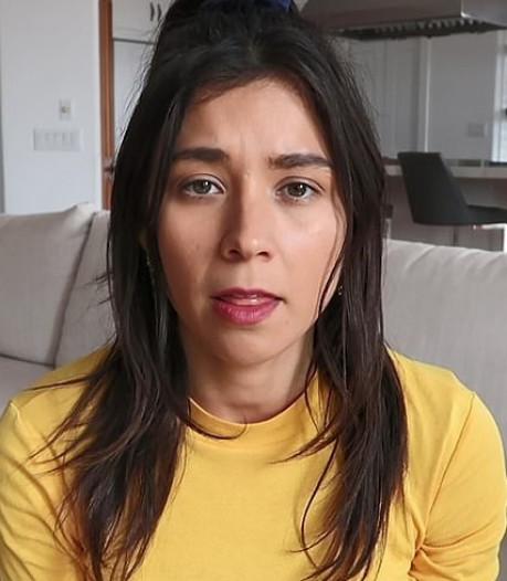 Populaire veganiste valt van haar voetstuk nadat ze betrapt werd met bord vis