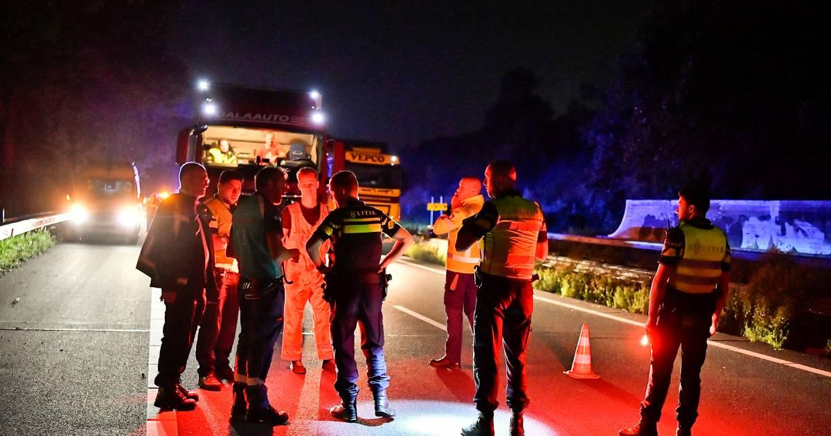 Voetganger overleden na aanrijding op de A67.