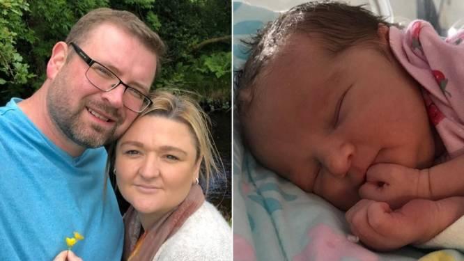 """""""Mijn vrouw is 35, niet gevaccineerd en ligt nu in een doodskist"""": Josh verliest echtgenote aan Covid-19 nadat ze is bevallen van dochter"""