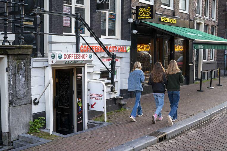Exterieur van een coffeeshop in de binnenstad.  Beeld ANP