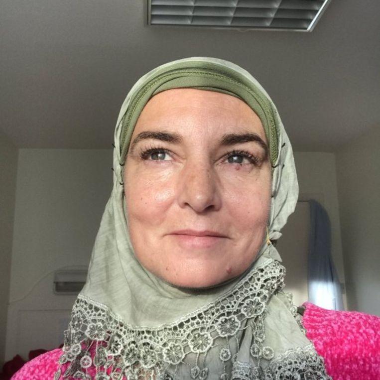 Sinéad O'Connor gaat tegenwoordig gesluierd door het leven als Shuhada Sadaqat. Beeld rv