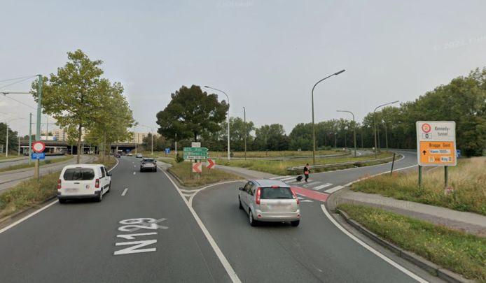Op maandag 18 oktober worden in Antwerpen de twee opritten van het complex Merksem van de Antwerpse ring (R1) richting Nederland afgesloten. De opritten zullen maar liefst tien jaar lang dicht blijven