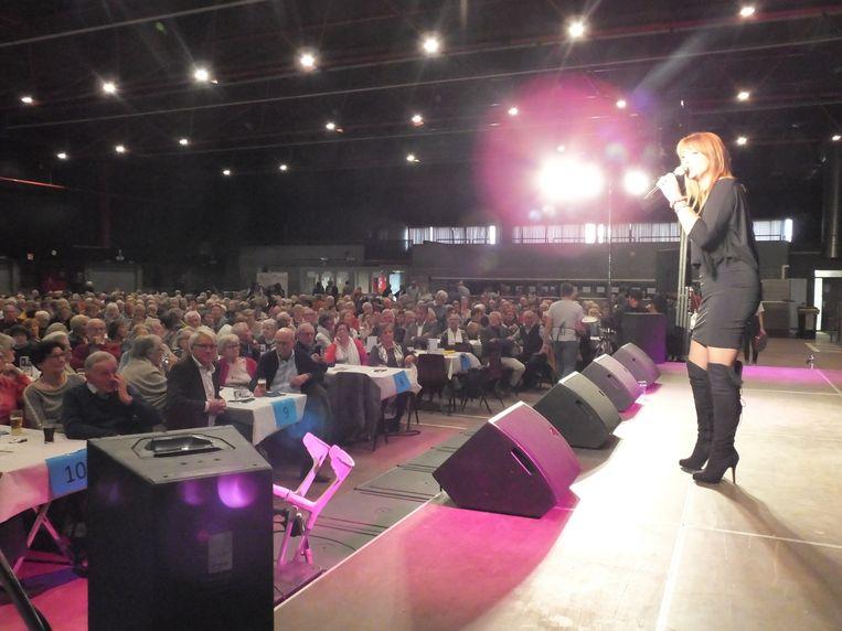 Lisa Del Bo op het seniorenfeest in Deinze.