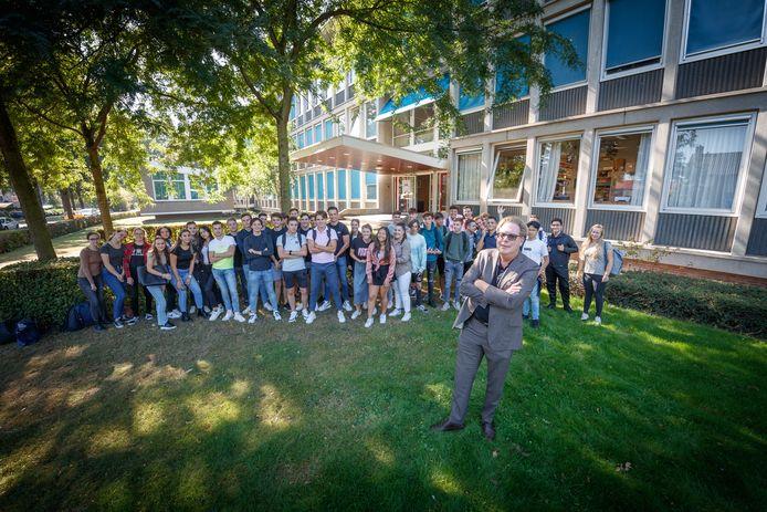Rector Michiel Maas voor het Markland College Oudenbosch.
