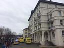 De hulpdiensten kwamen massaal ter plaatse naar de school vlak na het ongeval