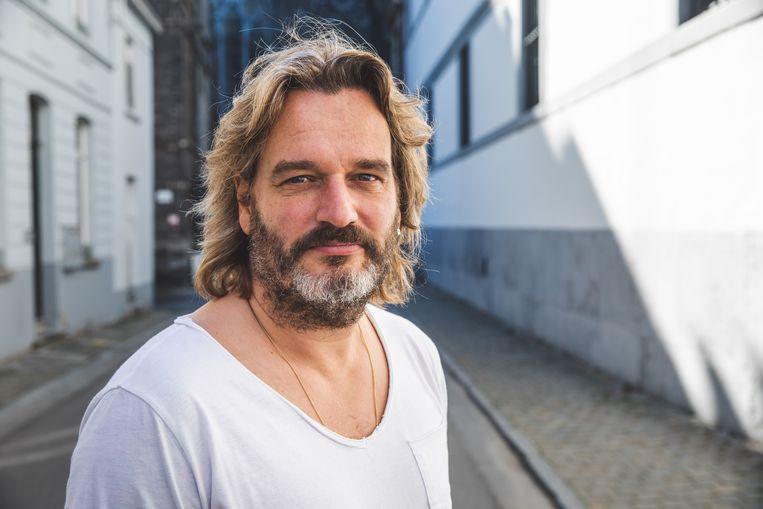 Kurt Burgelman, Gentenaar, zanger, entertainer en 'ambetante mens'
