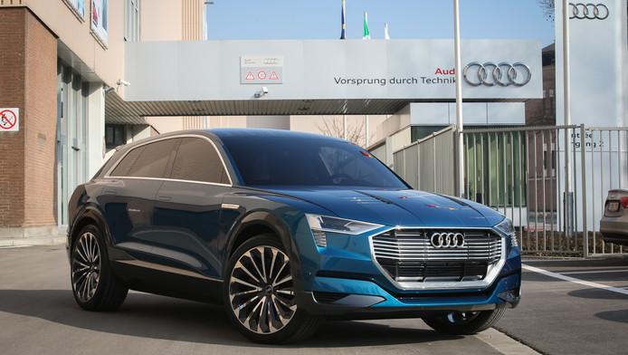 Un prototype de la nouvelle Audi Q6 E Tron sur le site d'Audi Brussels à Forest.
