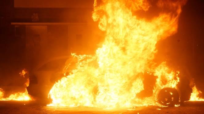 Auto gaat volledig in vlammen op in Sprang-Capelle