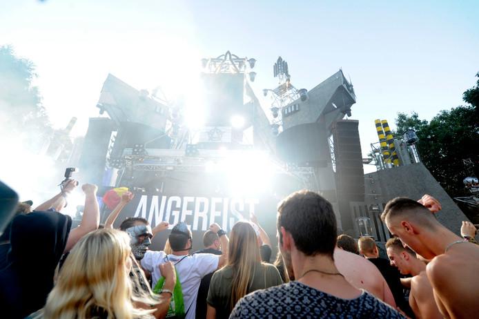 Airforce Festival op het luchthaven, met Twentse DJ aan de beurt.