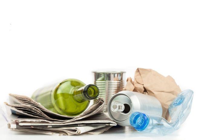 Het CDA Moerdijk maakt zich zorgen over de toenemende hoeveelheid zwerfvuil.