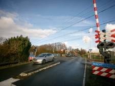 Dodelijk ongeluk bij Kandelaarweg toont risico's spoorwegovergang wederom aan