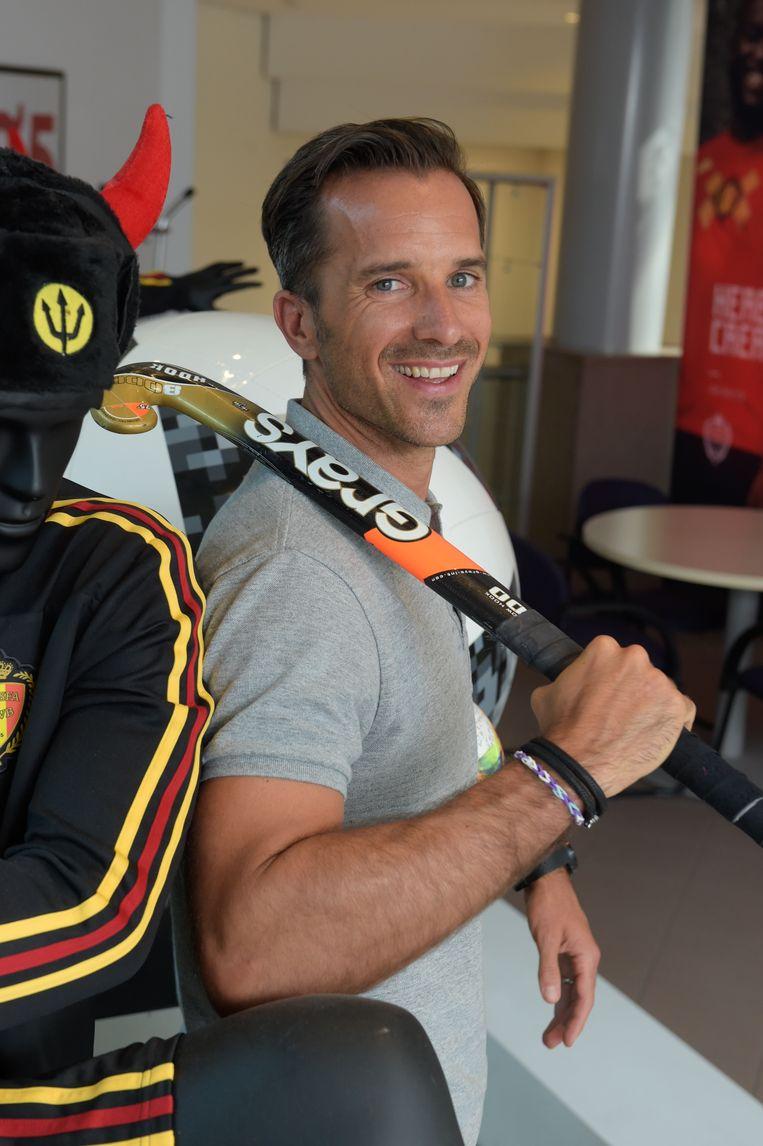 Oudgediende Manu Leroy, vandaag co-commentator op Sporza, herinnert zich de periode 2002-2005 binnen de Belgische hockeyploeg nog levendig: 'We moesten zelf 50 euro bijleggen voor ons trainingspak'. Beeld Photo News