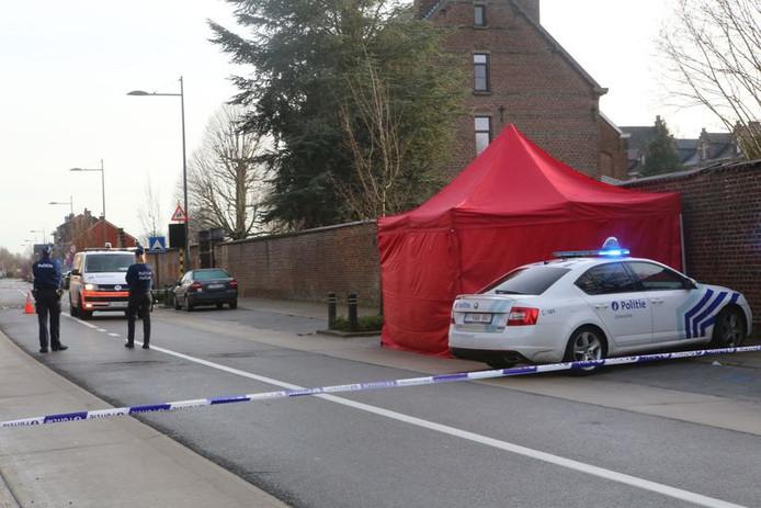 La police a bouclé la rue pour les besoins de l'enquête