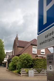 Gemeente Lingewaard wijst 200 locaties aan waar een laadpaal kan worden geplaatst