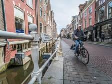 Zorgen om metamorfose Delftse Oude Langendijk: 'Gehandicapten kunnen er straks niet meer komen'