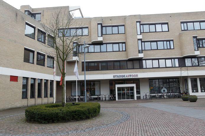 Het huidige Stadskantoor is volgens het Helmondse stadsbestuur dé plek voor een nieuw stadhuis.