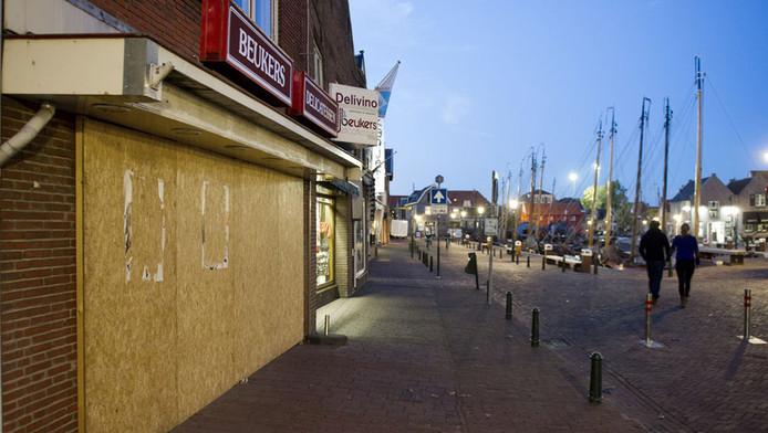 Dichtgetimmerde winkel in Spakenburg (archiefbeeld)