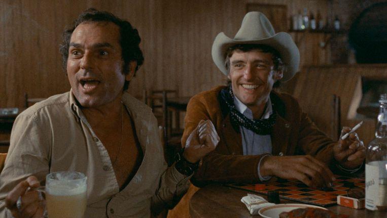 The Last Movie, met rechts Dennis Hopper.   Beeld