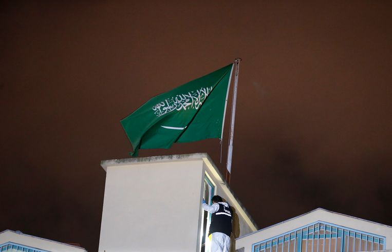 Saudi-Arabië gaat volgens berichten toegeven dat de journalist Jamal Khashoggi is overleden tijdens een ondervraging op het Saudische consulaat in Istanbul. Beeld AP