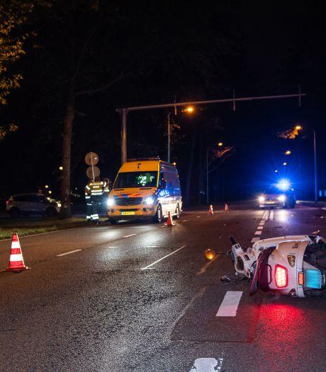 Scooterrijder en automobilist allebei door rood in Tilburg: allebei schuld, zegt officier