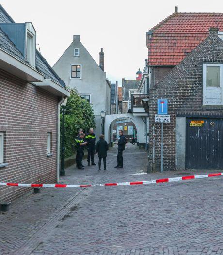 Inbraak met geweld op Urk: politie doorzoekt woning in Wijk 1