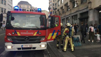 Station Brussel-Centraal weer open na korte brand van rubberen tapijt