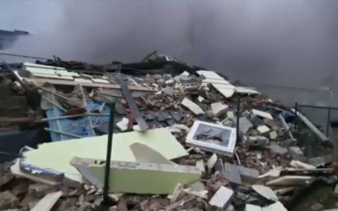 De explosie vond plaats rond 16.00 uur in een huis aan de Chemin du Tierne in Anderlues.