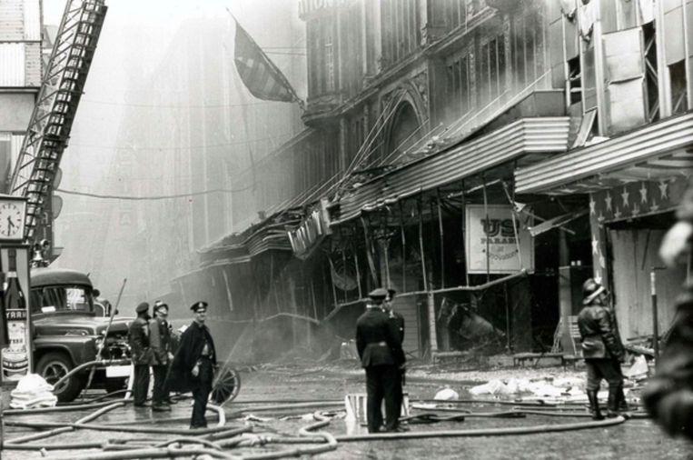 De catastrofale brand in het Brusselse warenhuis Innovation op 22 mei 1967. Beeld Photo News