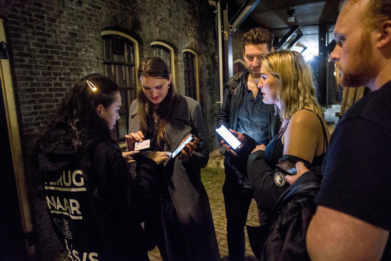 Open van 22.00 tot 00.00 uur ziet bijna niemand zitten, blijkt uit een rondgang van de Volkskrant langs discotheekeigenaren. Beeld Arie Kievit