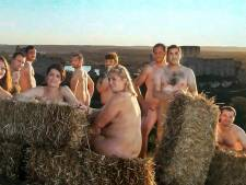 Protesterende Franse boeren uit de kleren voor naaktkalender