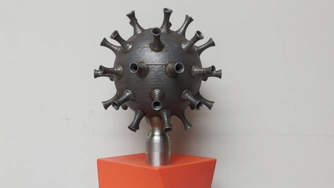 """Docenten technologie maken coronakunst van metaal: """"Willen kunstwerk verkopen voor goed doel"""""""