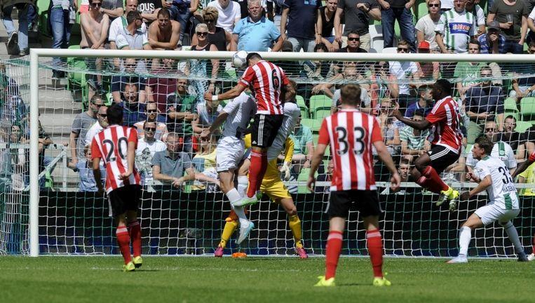 Jose Fonte kopt de 0-1 binnen Beeld ProShots/ Jan Kanning