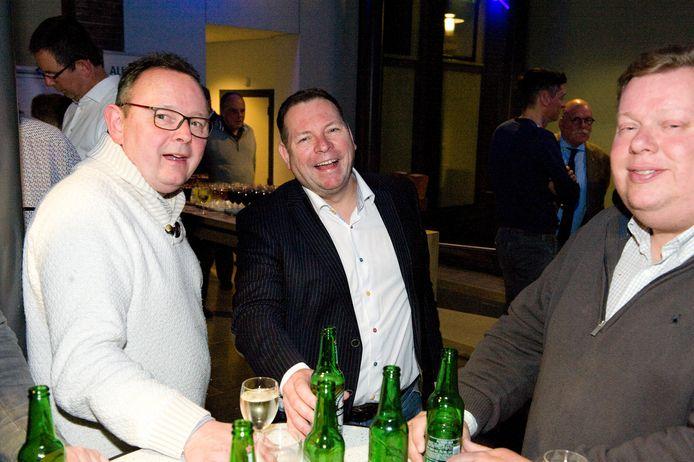 Marcel Melissen (midden) tijdens de gemeenteraadsverkiezingen in 2018.