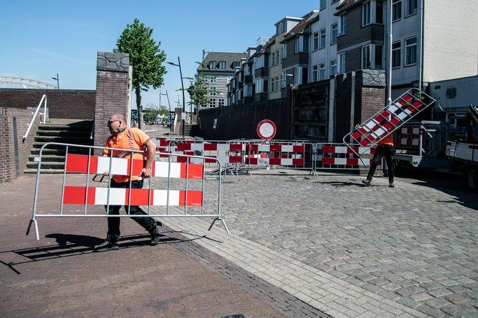 De afsluiting op de Lage Markt.
