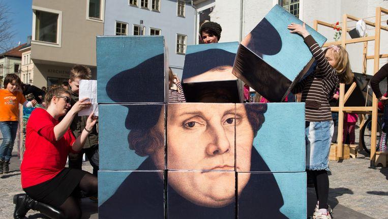 Een Luther-kunstwerk in de Duitse stad Weimar. Beeld epa