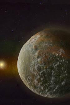 Reuzenplaneet ontdekt bij witte dwerg