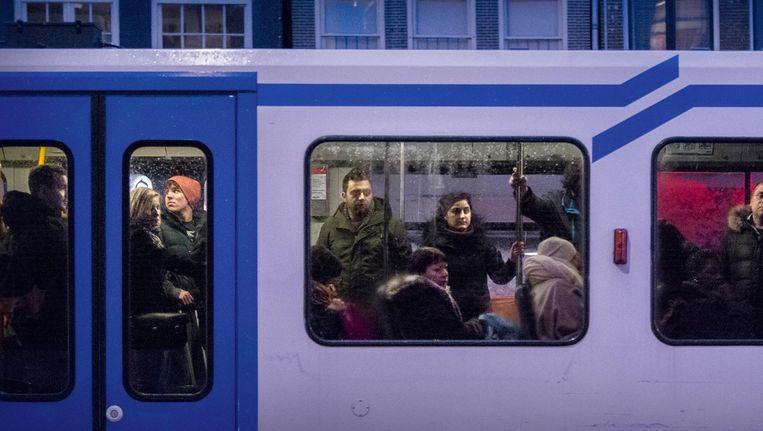 Reizigers moeten rekening houden met vertragingen op verschillende tramlijnen. Beeld Rink Hof