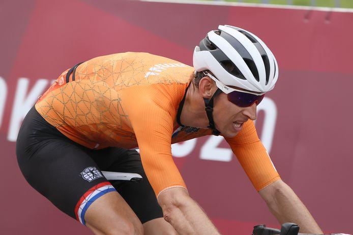 Bauke Mollema duwde zijn wiel als vierde over de streep.