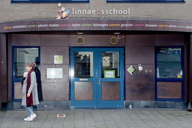 De Linnaeusschool in Oost. Beeld Jakob van Vliet