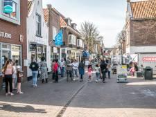 Voortaan minder winkelen, meer wonen in Dorpsstraat: 'Het wordt zo steeds drukker'