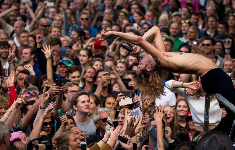 Jett Rebel treedt op in 2016 op Parkpop in Den Haag.  Beeld ANP Kippa