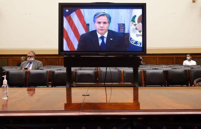 Buitenlandminister Antony Blinken stond via een videoverbinding de commissieleden van het Huis van Afgevaardigden te woord.