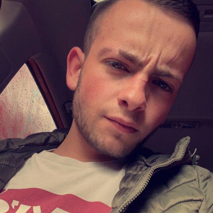Valerio (21 ans) a été assassiné à Charleroi. Les circonstances du crime restent floues.