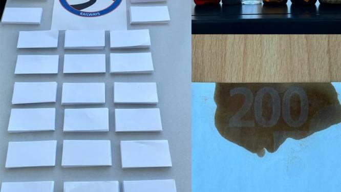 """Oplichter belooft bankbiljetten te kopiëren met speciaal 'wasmiddel': """"Dader maakte 100.000 euro buit"""""""